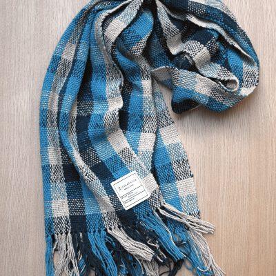 手つむぎ・手織りのストール Check 3(香色+紺青+縹色)