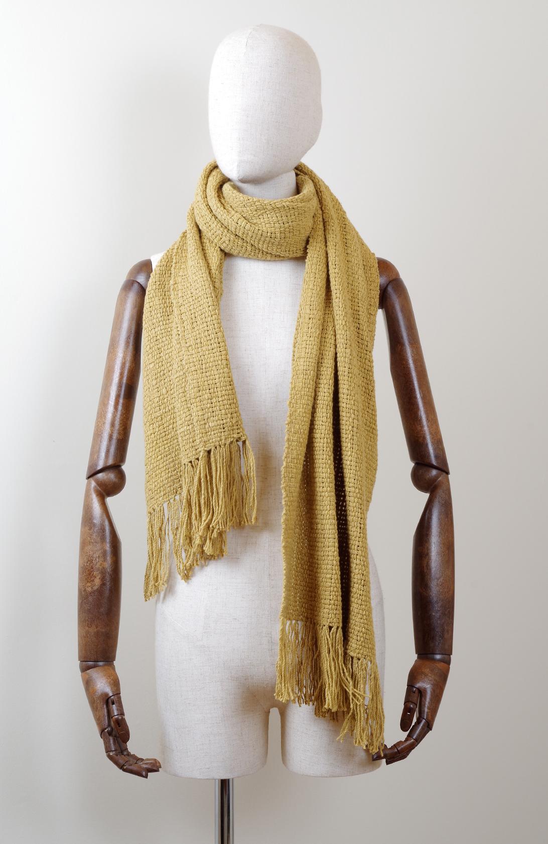 手紡ぎ 手織り ストール・マフラー 草木染め(金銀花)