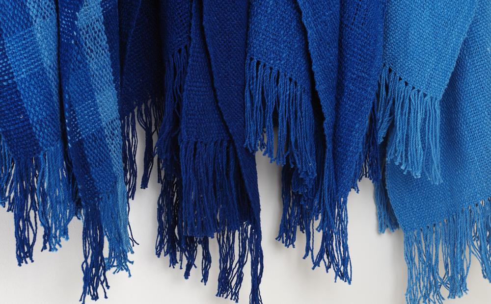 手つむぎ 手織り 草木染めのストール